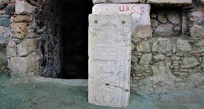 Amasya'daki Venk Ayazması kazısında 'rahip mezarı' bulundu