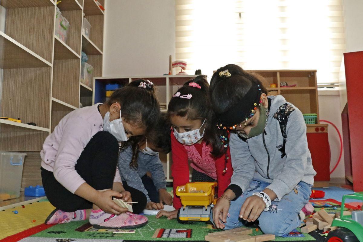 Mardin de açılan kurslarda 1100 kadın meslek sahibi oldu #7